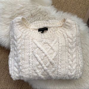 ⭐️HOST PICK ⭐️Banana Republic chunky cable sweater